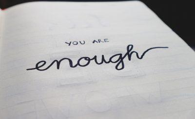 autor pseudônimo - you are enough